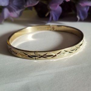 Exqusite Vintage Bracelet